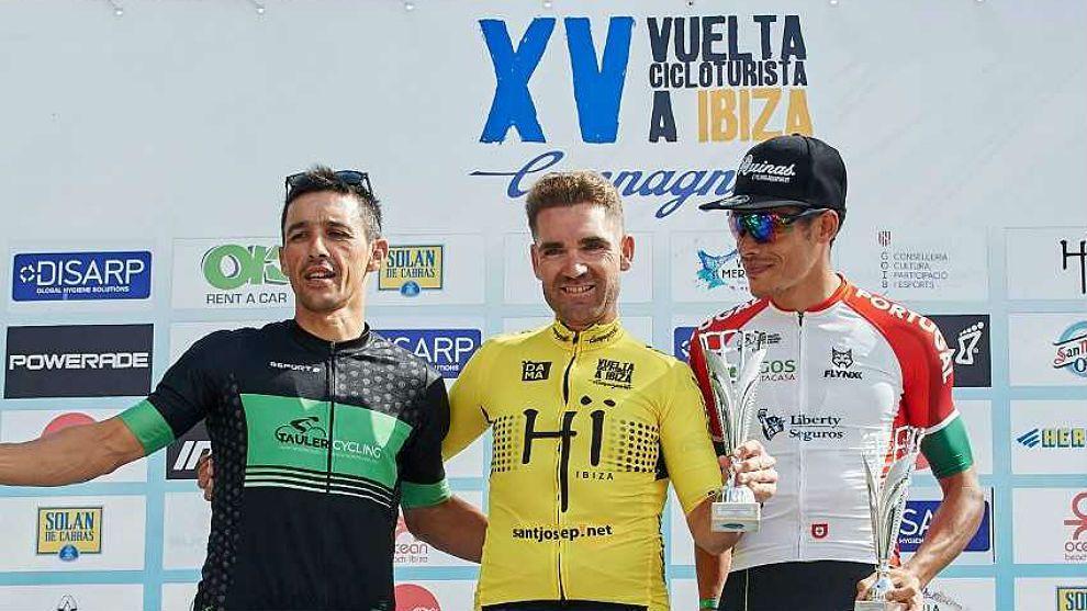 Dueñas ganador de la vuelta cicloturista a Ibiza Campagnolo