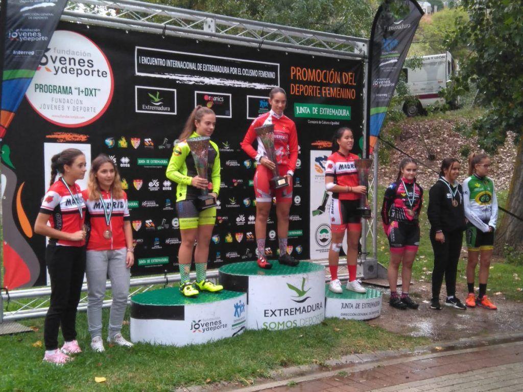 2° puesto para Natalia Ovejero en el primer encuentro internacional de extremadura por el ciclismo femenino