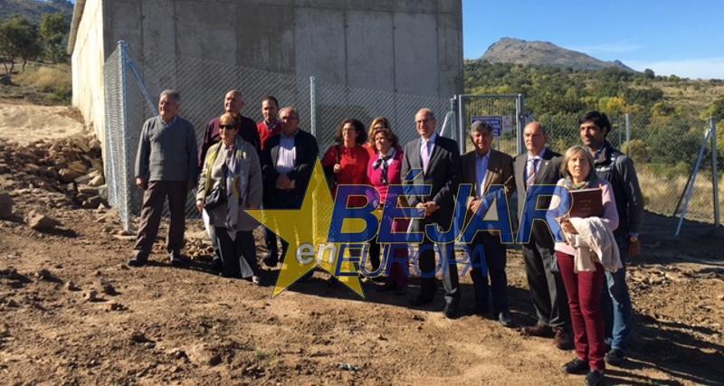 El presidente de la Diputación visita el depósito de agua de Sorihuela