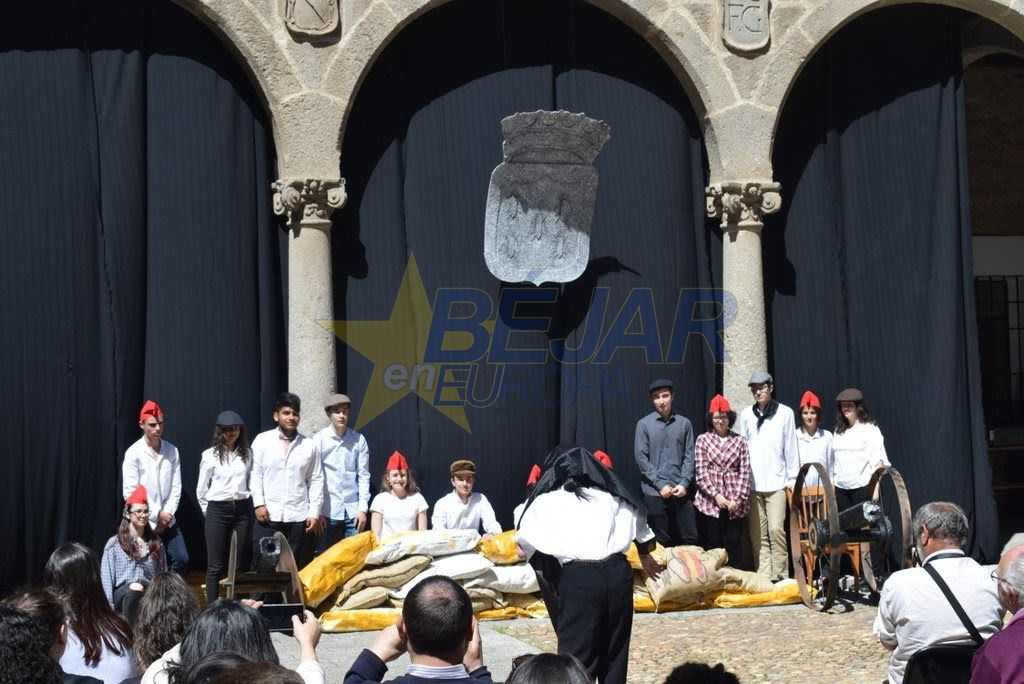 La recreación histórica de 1868 del IES Ramón Olleros, candidata a ganar el Premio Acción Magistral