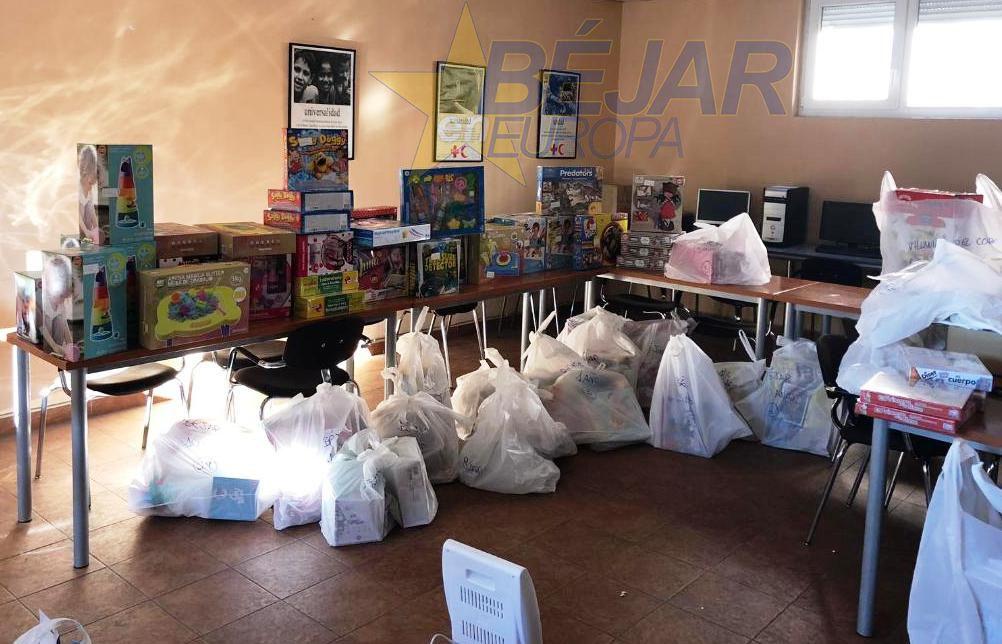 Los juguetes del Rotary Club de Béjar esperan a los Reyes Magos en Cruz Roja