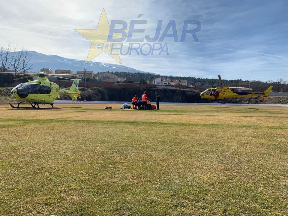 Un escalador es rescatado en helicóptero tras sufrir una caída en el Circo de Becedas