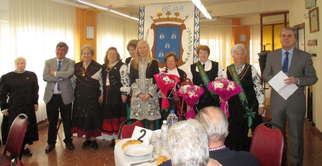 Celebración de la fiesta de las águedas en el Centro de Día de Mayores