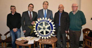 El club rotario bejarano presentó ayer el programa de actos de la concesión de su XIV Premio Servir
