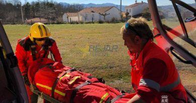 Rescatado tras sufrir una caída en el pico del castillo viejo de Valero