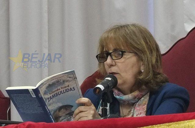 La escritora Yolanda Izard