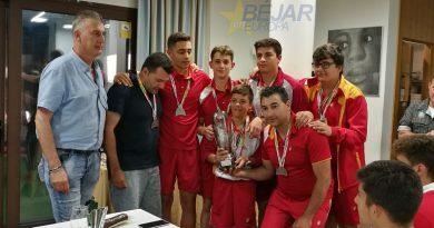 El pescador bejarano, Pablo López, ha participado en el Campeonato de España Juventud, con la selección de CyL