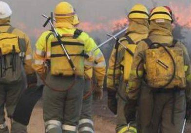 Incendio en Valdefuentes de Sangusín provocado por unos rayos