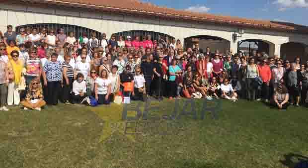 Homenaje de la Diputación al movimiento asociativo provincial en el Día Internacional de la Mujer Rural