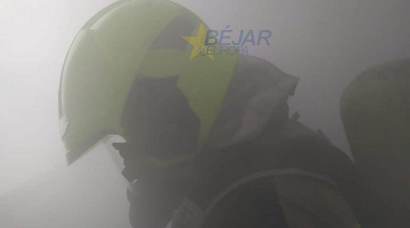 La Guardia Civil realiza un simulacro de incendio en el acuartelamiento de Béjar