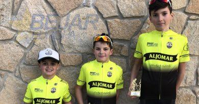 Tres podium para Jamones Aljomar/Moisés Dueñas en Ávila