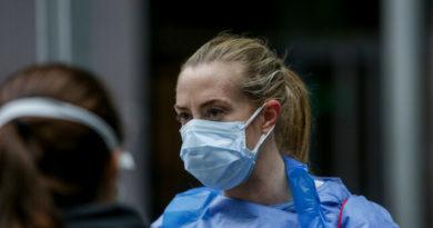 La AEMPS solicita «el cese voluntario de comercialización y la retirada del mercado de las mascarillas quirúrgicas de la marca Mascarillas Béjar»